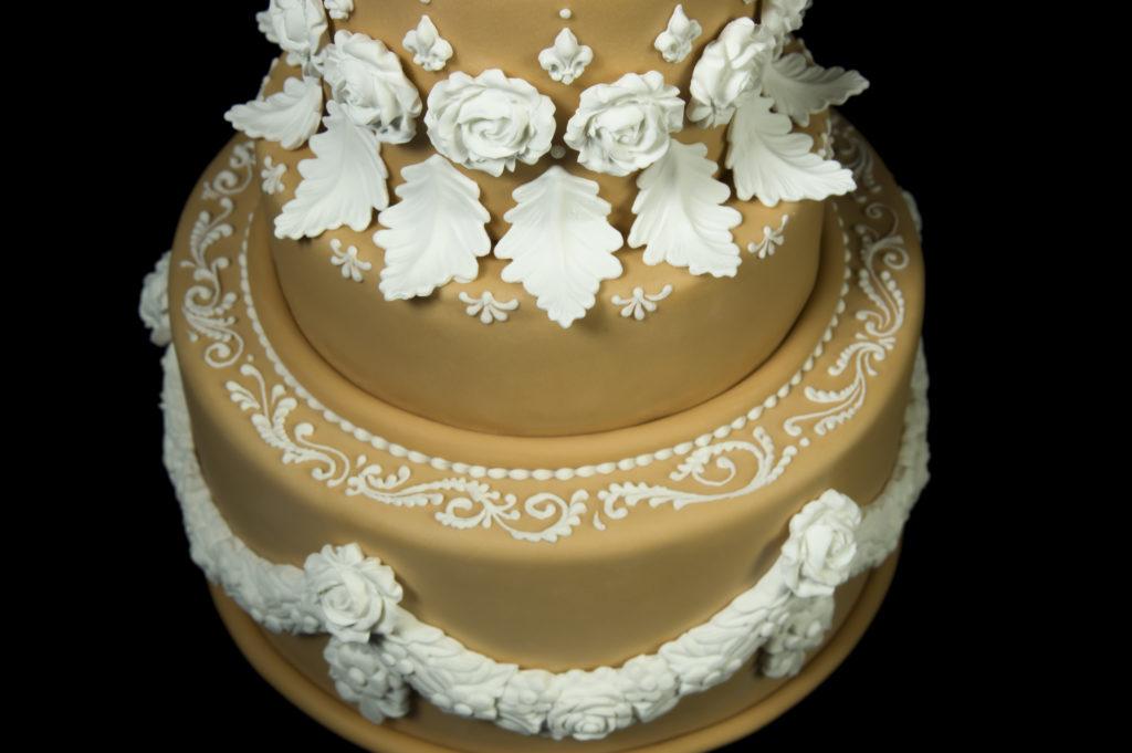 torta anniversario nozze oro cove